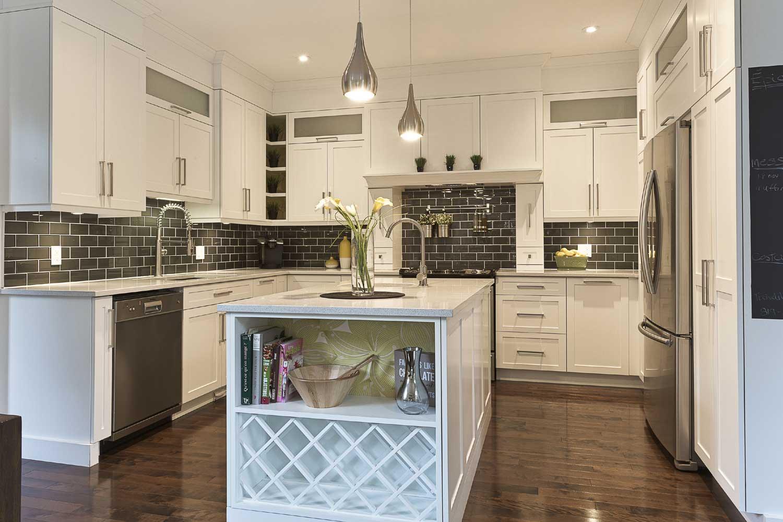 Armoires de cuisine en estrie cookshire pr s de sherbrooke cantons de l 39 est b nisterie en - Teindre armoire de cuisine ...
